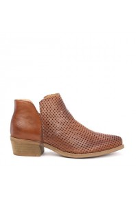 EOS Toga Boot Brandy Perforated