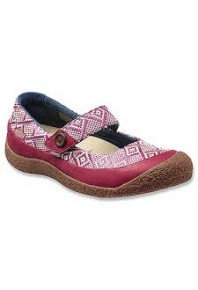 Keen Harvest MJ Button Beet Red